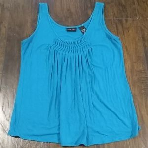 New York & Company, Pretty teal tank style top,